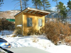 lama foundation outhouse